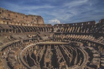 コロッセウム内部